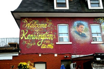 Welcome to Kensington-- Toronto's most unique neighbourhood, Kensington Market retains its charm and wonderful diversity through its eclectic mix of vintage clothing stores, grocers, restaurants and cafes.